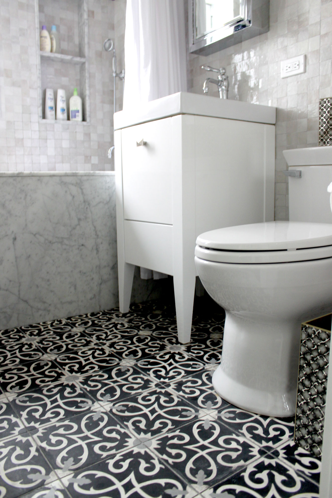 Cement bathroom tiles - Lucifer C4 14 24 Moroccan Cement Tile